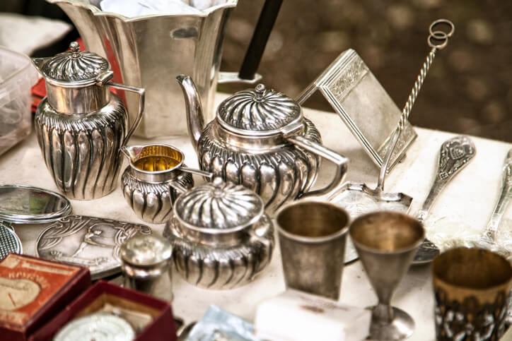 Shipping Antiques: Tips for Safely Sending Valuable Collectibles