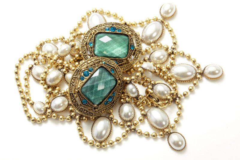 Antique Jewelry Buyers